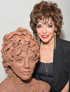 Dame Joan Collins Sculpted Live